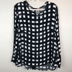 H&M Plus black white graphic blouse top shirt
